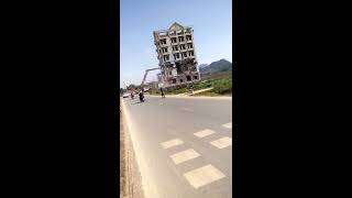 Cảnh phá dỡ nhà của trùm MA TÚY Tàng Keangnam ở Mộc Châu