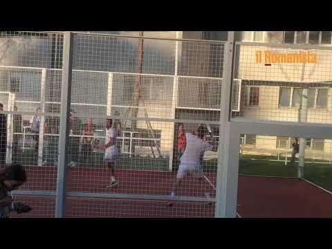 VIDEO - La Notte dei Re, Totti sfida a paddle Candela prima della partita