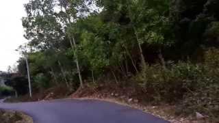 Đường đèo ở Quy Nhơn đoạn đi Ghềnh Ráng