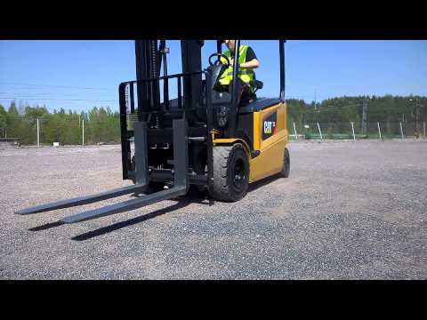 The Agile Cat® 80V Electric Lift Truck - 2.5 - 3.5 Tonnes