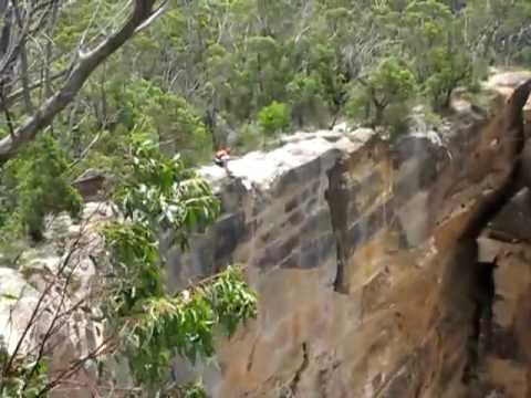 Неверојатен скок со падобран