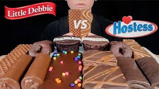 ASMR LITTLE DEBBIE VS HOSTESS CHOCOLATE SNACK CAKES! CHOCOLATE CUPCAKES, DONUTS, BROWNIE, WAFER 먹방