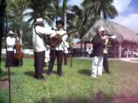 Punto Guajiro en Miami (Araelio, Tresero)