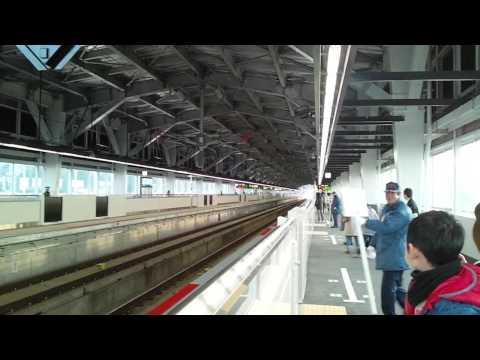 北陸新幹線かがやき!秒速通過 ( ; ゜Д゜)!黒部宇奈月温泉駅