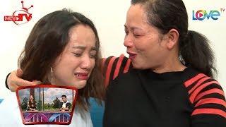 Diễn viên Gia Linh 20 tuổi bật khóc nức nở khi mẹ lặn lội từ quê vào Sài Gòn thăm bất ngờ 😢