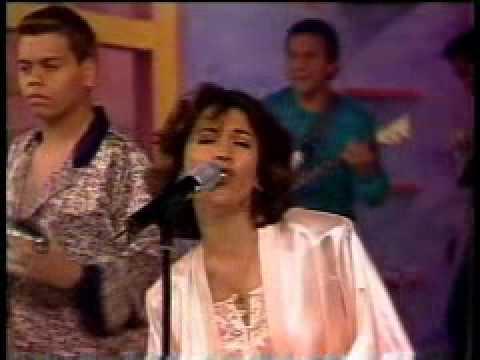Los Llayras Y me enamore (Pijamas televisa).