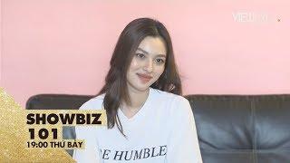 Tú Hảo livestream với fan cực dễ thương và vui tính (full)   Showbiz 101   VIEW TV-VTC8