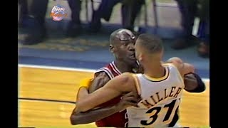 10.02.1993 - Michael Jordan vs Reggie Miller! (Long Version & Good Quality)