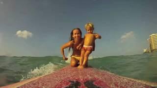 Bebe surfista