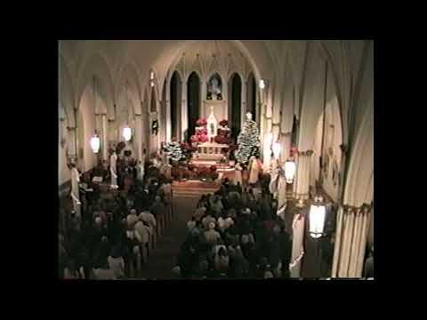 St. Mary's 5:00 Christmas Eve Mass  12-24-04