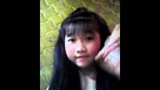 Cô bé 13 tuổi..cực cute..........dễ thương vô cùng...