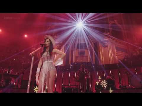 Kacey Musgraves - These Boots Are Made For Walkin' (Live at Royal Albert Hall)