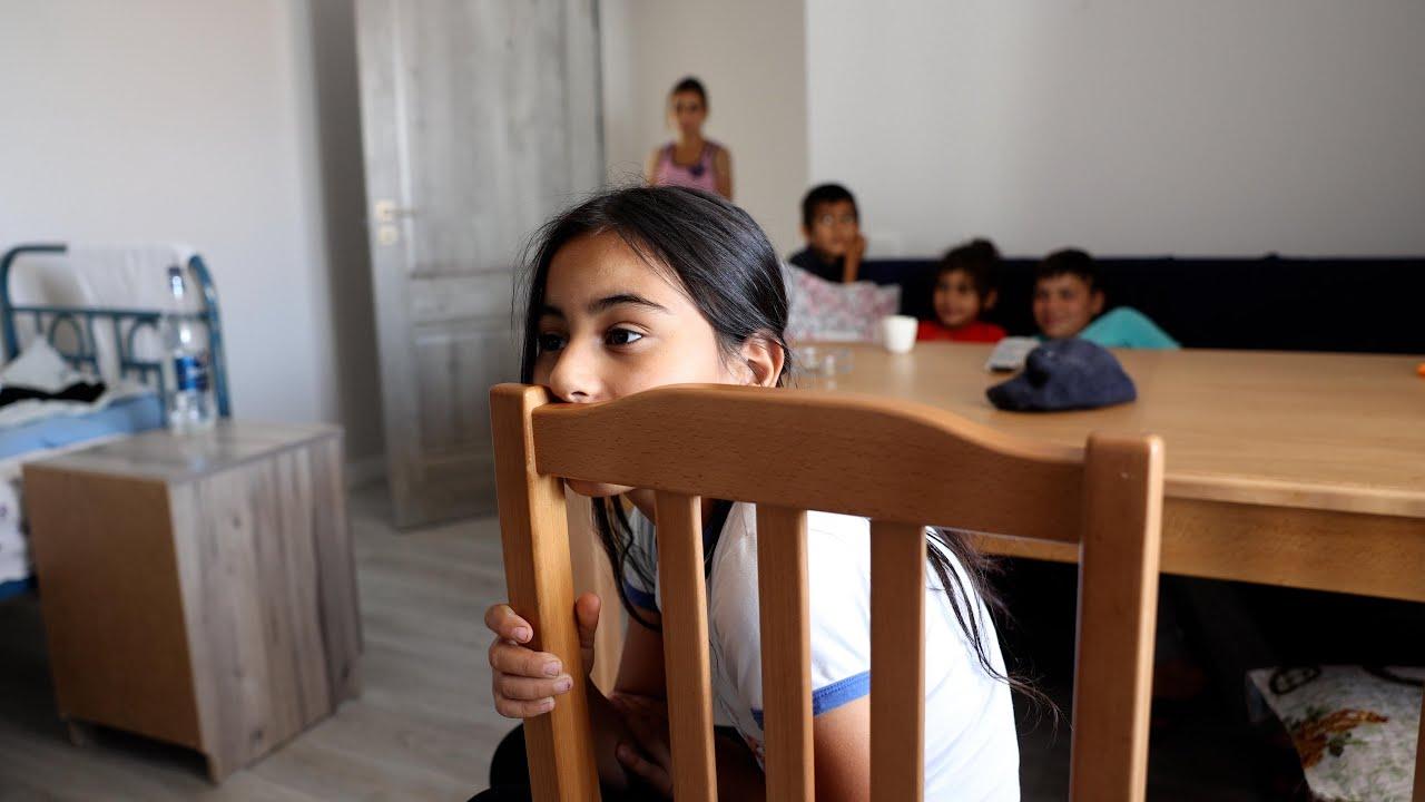 Армения: как беженцам из Карабаха удалось получить жилье