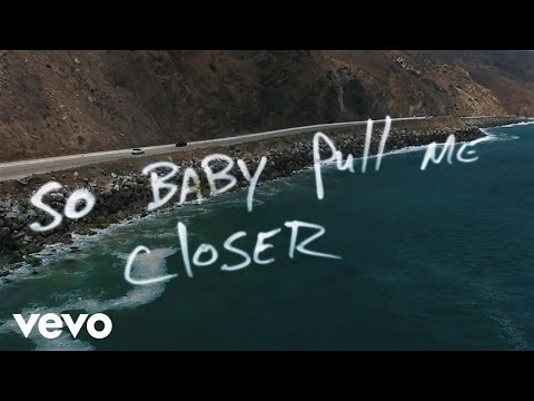 The Chainsmokers - Closer ft. Halsey (Official Lyric Video)