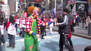 Ringling Bros. Juggling Flash Mob in Times Square New York