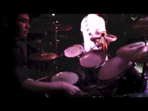 情人的黃襯衫- 巴紮溜樂團.鼓手畫面