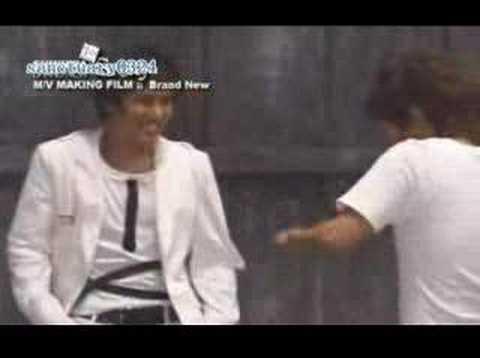 Shinhwa 2004 BrandNew Story MV Making-Brand New(Eng Subs)