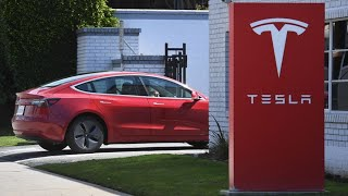 Tesla's Takeoff Leaves Analysts, Short Sellers Scrambling