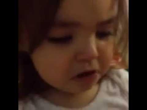 Baixar Daniela - Mini Luanete chora porque a música Cabou Cabou do Luan acabou e ela diz: