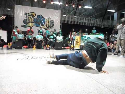 Baixar VIRA LATAS VS FUNK FOCKERS - FREESTYLE SESSION BRAZIL 2014