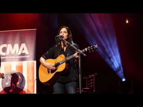 Girl Crush -  Lori McKenna ft. Ashley Monroe at The O2, London (2016)