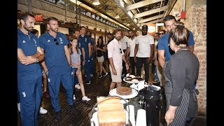 Juventus Invaders | Pirlo's tour of New York