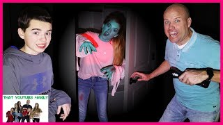 Don't Choose The Wrong Door Zombie Base Survival In The Dark! / That YouTub3 Family I Family Channel