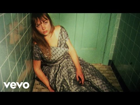 Angel Olsen - Forgiven/Forgotten (Official Video) - YouTube