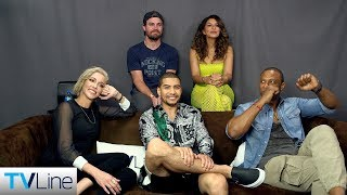 Arrow Cast Previews Final Season 8 | Comic-Con