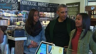 Obamas celebrate Small Business Saturday with shopping trip