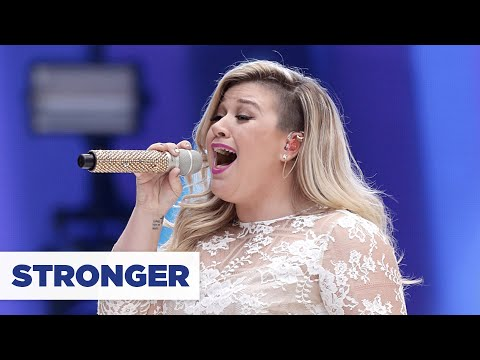 Kelly Clarkson - 'Stronger' (Summertime Ball 2015)