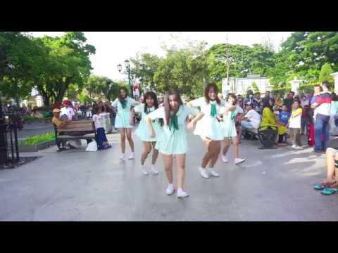 [KPOP IN PUBLIC] GFRIEND (여자친구)_ Love Whisper(귀를기울이면) by AURALIZE (아우라라이즈) at Malioboro,Jogjakarta.