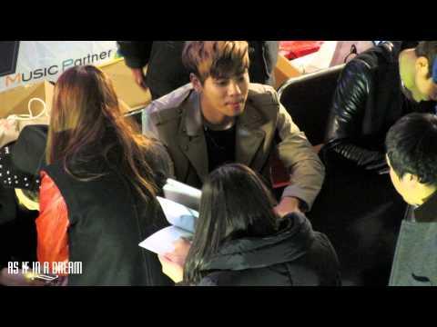 130228 Jonghyun Dream Girl Fansign @ IFC Mall 영등포
