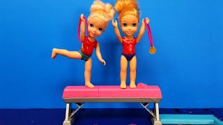 Gymnastics ! Elsa & Anna toddlers - competition - Barbie
