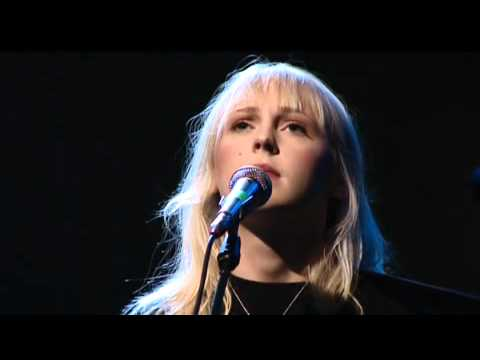 I Am A Master Hunter - Laura Marling live at Crossing Border 2011 [FULL]