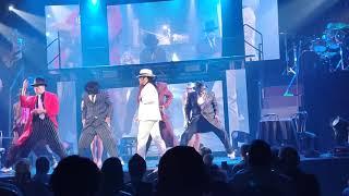 MJ The Evolution Live - Smooth Criminal.