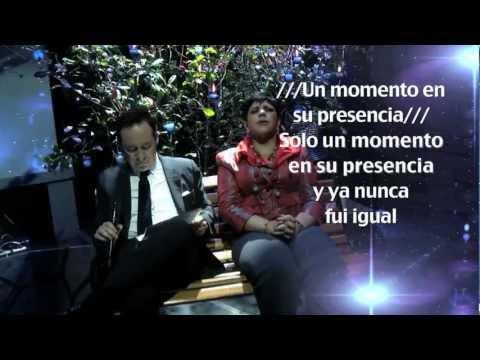Una Noche con El Rey - CENTRO MUNDIAL DE AVIVAMIENTO BOGOTA COLOMBIA