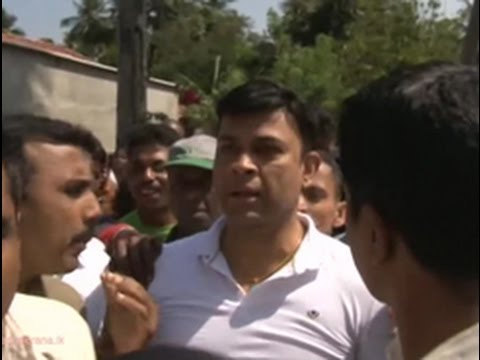 Deputy Minister Ranjan Ramanayake Hooted At Muturajawela