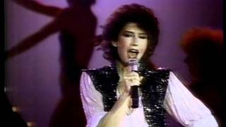 "Solid Gold / Melissa Manchester ""You Should Hear How She Talks About You"" (HQ)"