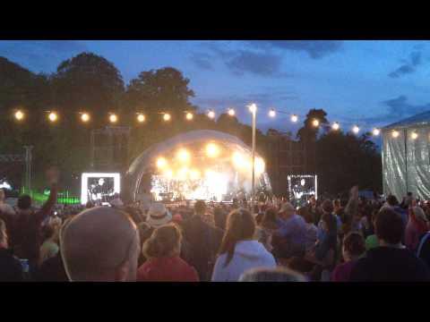 Baixar Bryan Adams Summer of 69 Westport Festival 2014