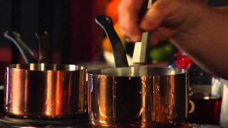 How to Make Old Fashioned Simple Syrup - Raising the Bar with Jamie Boudreau - Small Screen