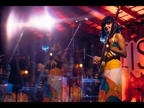 Khruangbin | Otis Live