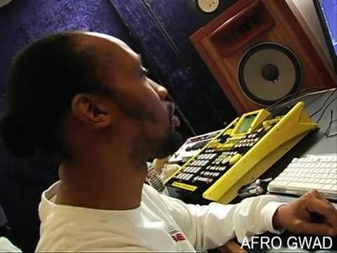 RZA - MUSIC PRODUCTION (AFRO SAMURAI 1)