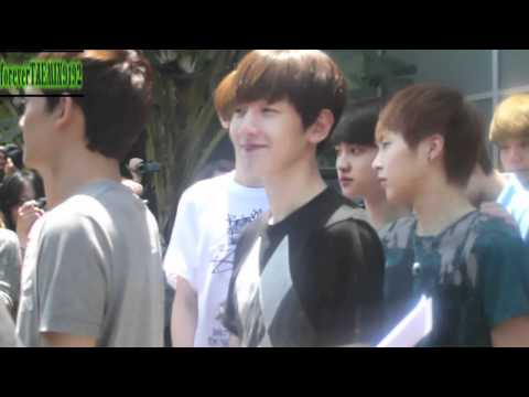 05.19.2012 EXO - Leaving the Hotel