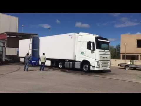 Monocepillo baterias para el lavado y limpieza de camiones en Castellón