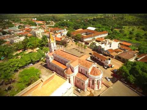 Dores do Indaiá Minas Gerais fonte: i1.ytimg.com