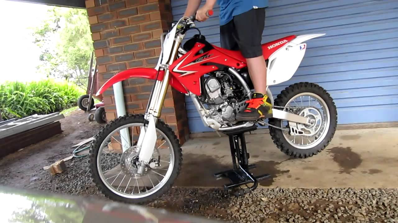 2009 Honda Crf150f Dirt Bike Review Youtube Crf 150 Bikes