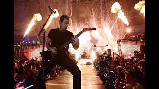 Billy Corgan defends Nickelback, calls Chad Kroeger 'incredible songwriter'
