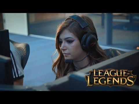 Chrissy Costanza - Annie (League Of Legends)