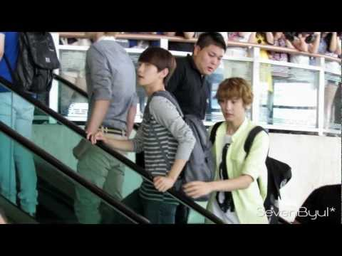 [Fancam] 120803 EXO at Gimpo Airport